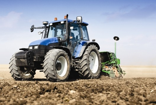 FS POWER FLUID–INNOVATING THE FUTURE OF UNIVERSAL TRACTOR FLUIDS
